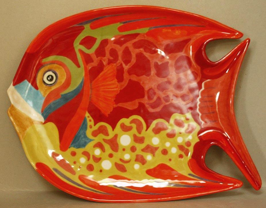 Plat en forme de poisson Faïence 36x28 © Daniel GIRAULT
